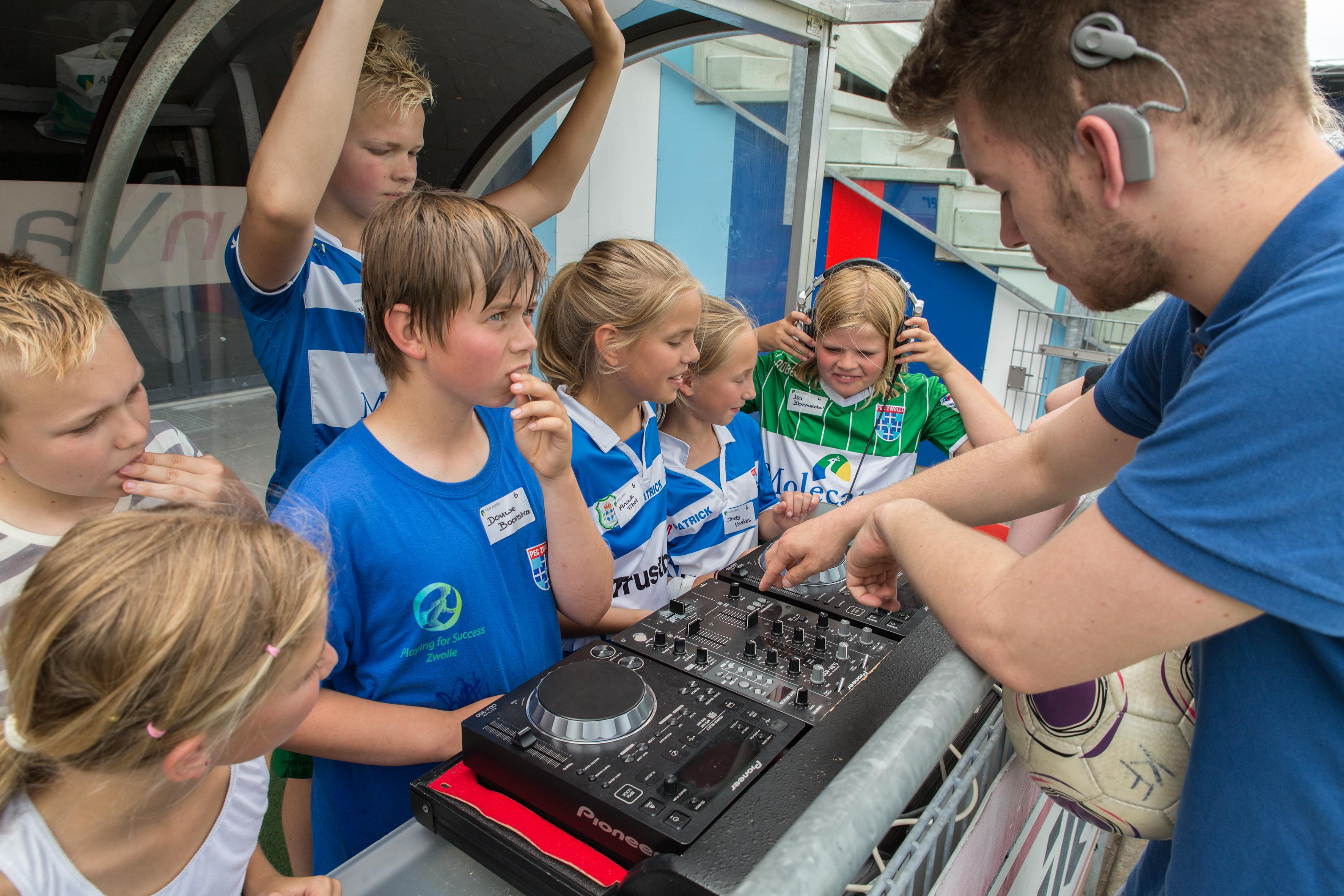 Feestelijke Sportdag In Het Stadion Van PEC Zwolle